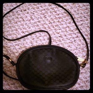 💯 Authentic Gucci Crossbody black